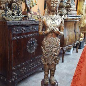 Rattanakosin Buddha stehend